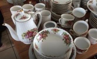 English Roses Dinner & Tea Sets