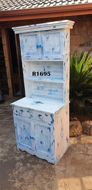 Vintage Kitchen Dresser (730x465x1810)