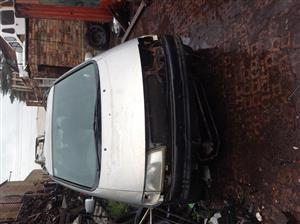 Stripping VW Sharan 1999 for Spares