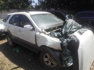 Kia Sorento for spares @ Legit Auto Parts (Toby)