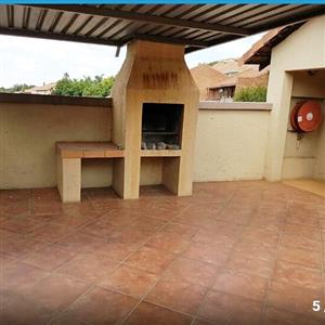 2 bedroom 2 bathroom place to rent for immediate occupation