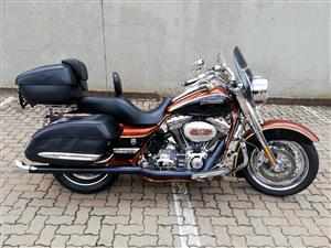 Stunning 2008 Road King CVO!
