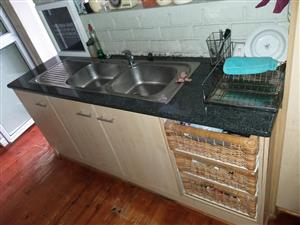 Kitchen cupboards and tops
