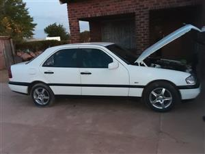 1990 Mercedes Benz 230C