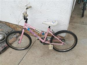 Pink Santa Fe kiddies bicycle for sale