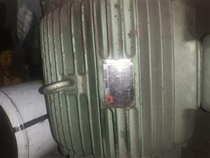 18.5 kw compressor motor