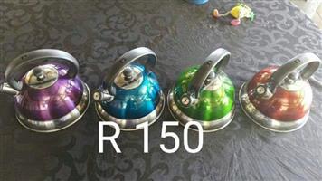 4 Gekleurde ketels te koop