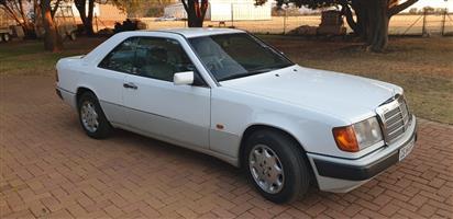 1989 Mercedes Benz 230CE
