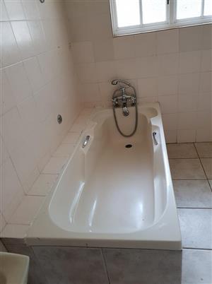 Complete white bath for sale