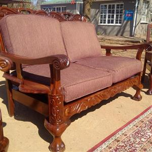 VINTAGE Ball and Claw Lounge suite with Riempies for sale