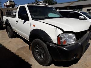 Nissan Hardbody 2.4 NP300 LWM - 2011 - Stripping for spares [Ref NN0297]