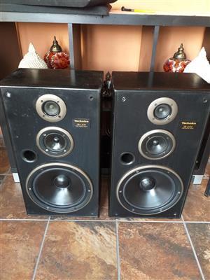 Technics speakers