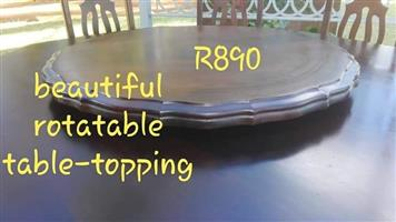 Wooden rotatable table topping