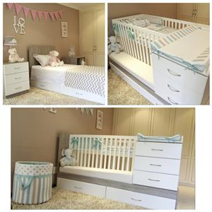 Cot which converts to single bed