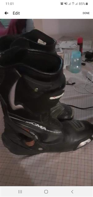 Biking boots size 9 10