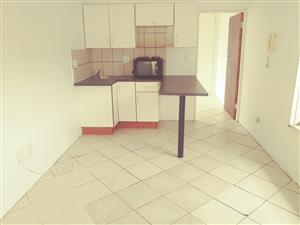 Small 1 bedroom garden flat to Rent for R3300