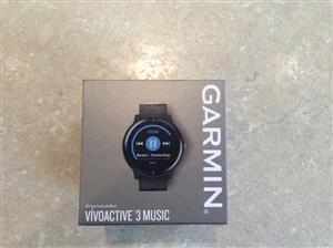 Garmin Vivoactive 3 MUSIC GPS Smart Watch