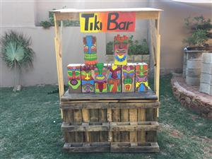Tiki Bar and decorations for party