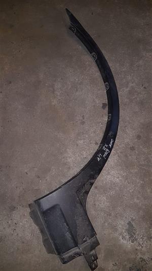 BMW X2 2005 LF wheel arch