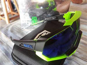 100% SpeedTrap Sunglasses(Bargain!!)