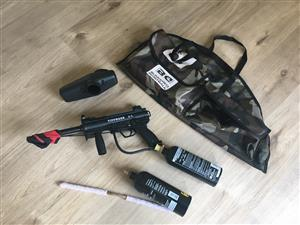 NEW Paintball Kit Tipmann A5 + Proto Mask + Bag + 2 Gas canisters + belt +pods - used once!