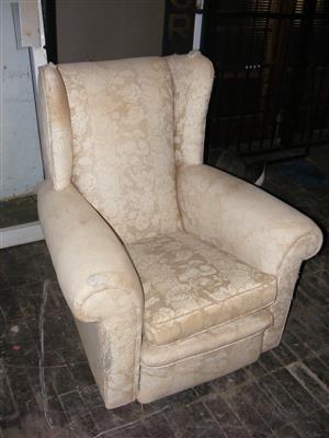 Queen Anne Lounge Chair