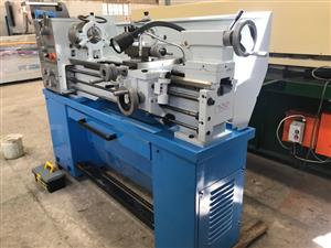 Lathe, 1000mm B/Centres, 360mm Swing, 38mm Spindle Bore, Brand New