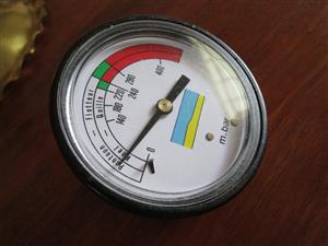 Air-pressure meter (valves, air compartments) for inflatable boat, rubberduck, Zodiac, dinghy, used, in very good condition