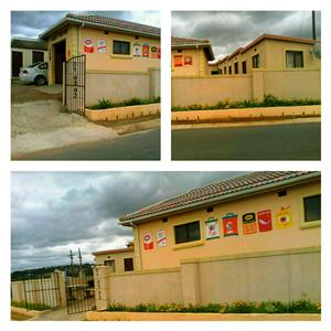 Room available for rent immediately @ Pinetown/Dassenhoek - R630pm - Ph = 0764280874