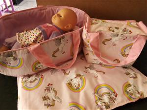 Doll carrycot set