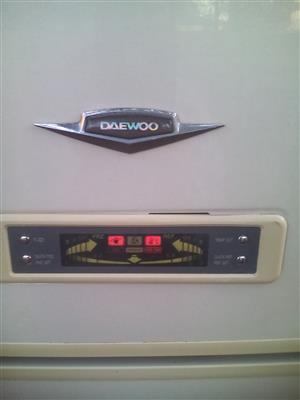 660 Liter Fridge / Freezer
