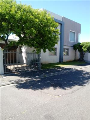 Very Modern and Stunning 3-4 bedroom house for Sale in Grassy Park