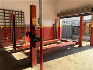 4 Post Car Lift For Sale | Junk Mail