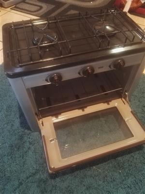Totai 2 Burner Gas Hotplate and Oven