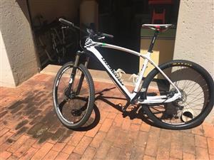 Momsen SL729 Full Carbon 29er Mountain Bike - Large