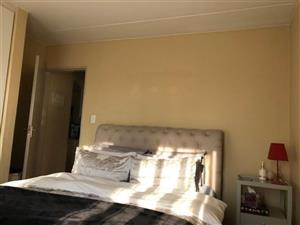 Dainfern - Upmarket 2 bedrooms 1 bathroom apartment available R8000