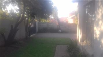 NEAT 1 BEDROOM APARTMENT TO LET IN EASTLAKE, FLORIDA