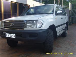 2004 Toyota Land Cruiser 100 4.5 GX