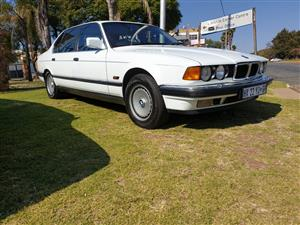 BMW 750IL - V12 - Classic BMW - Collector's Item - R105,000