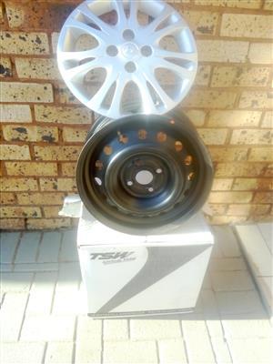 Hyndai i20  4x rims and wheel caps new