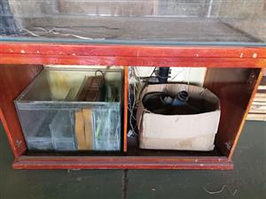 Fish tank 600 x 1500 x H 650 with complete filter set and pump
