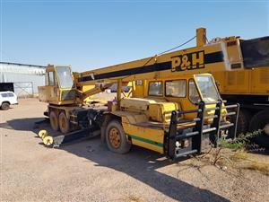 Kobelco and P&H Mobile Cranes for Sale in Online Auction.
