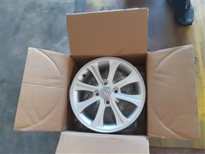 Hyundai grant i10 mag/rims 14!  R2000