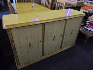 Wooden 6 Seater Dining Room Suite + Sideboard
