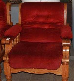 Single seater couch S029453a #Rosettenvillepawnshop