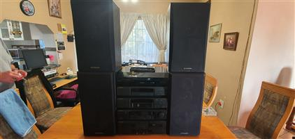 Pioneer-Classic Collectors Item Hi-Fi Semi-Stack System - Excellent Sound - Choose 2 or 4 speakers