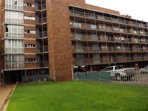 2 Bedroom Flat For Sale in Mayville Pretoria