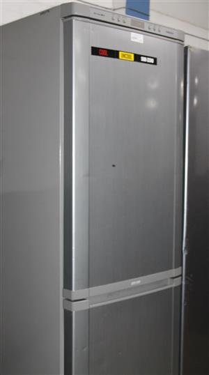 Samsung fridge S033653A #Rosettenvillepawnshop