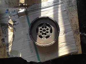 ENGINES / GEARBOXES / DIFFS / CYLINDER HEADS & SPARES & OTHER AUTO SPARES FOR CARS & BAKKIES