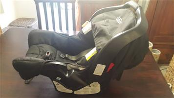 Graco Baby Car Seat With Base Moses Basket InGenuity Bouncer Bumbo Rubber Floor